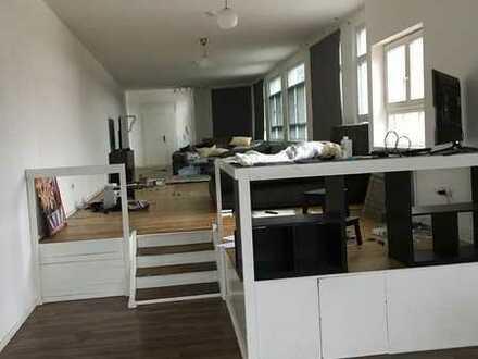 Altbau-Loft mit Einbauküche in Pforzheim Nord-Hohenzollern