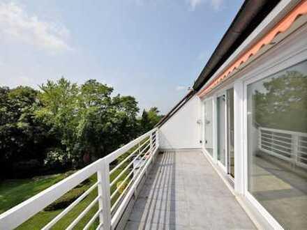 No place like home! Helle, sonnige Wohnung mit Hausgefühl, Balkon, Garten und Garage