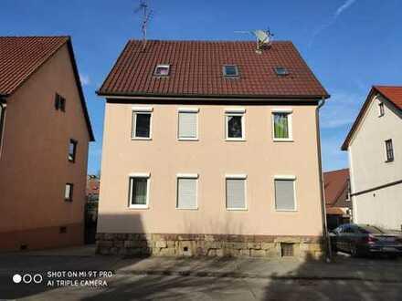 Kleines Mehrfamilienhaus in Asperg, komplett vermietet, keine Provision!