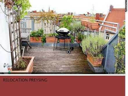 + Mitten in Haidhausen + Moderne Altbau- Maisonettewohnung mit Balkon und großer Dachterrasse