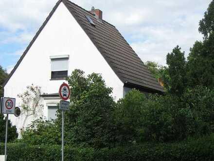 Liebenswürdiges Einfamilienhaus mit sechs Zimmern in guter Horner Lage