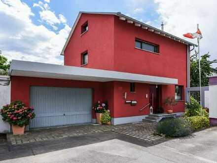 Nutzen Sie die Gelegenheit! Schönes freistehendes 1-Familienhaus in Heddesheim