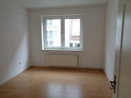 gemütliche 3 Zimmer Wohnung in ruhiger Seitenstraße