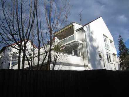 Grundsanierte, elegante DG-Wohnung mit 2 Loggias, Nähe Maschsee (7209)