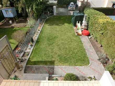 Geräumiges Familienhaus mit Garten und Garage!