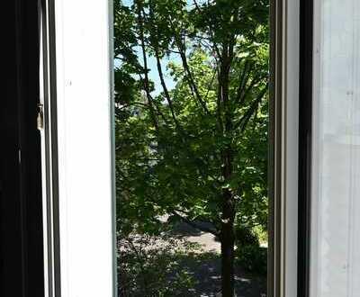 Stilvolle, gepflegte 1-Zimmer-Wohnung mit EBK in Bonn ideal für Studenten oder Bundeswehrangehörige