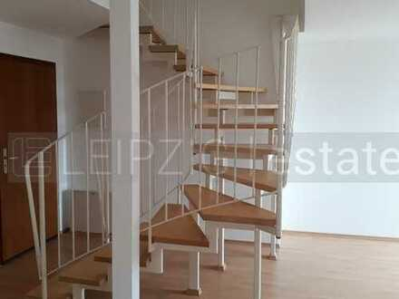 Großzügige Dachgeschoss-Maisonettewohnung mit Fußbodenheizung und offenem Küchenbereich