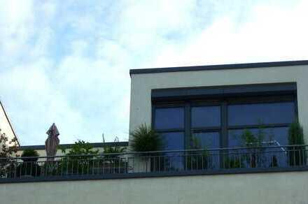 *RESERVIERT* Exklusive, neuwertige 2-Zimmer-Dachterrassen-Wohnung im Bonner Zentrum