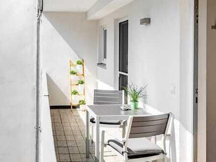 2 Zimmer Apartment mit Loggia direkt am Cramer Klett Park