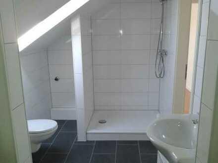 Helle Dach-Geschoß-Whg.,Dortmund-Wickede, 52 m², 2 Zi., KDB -neues Badezimmer-