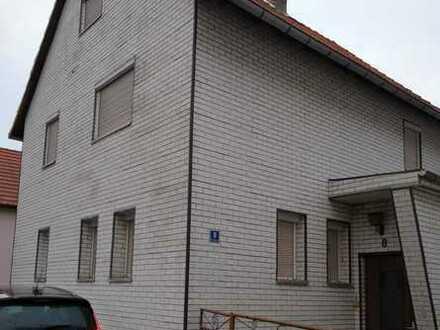 Einfamilienhaus mit Nebengebäuden 1450qm