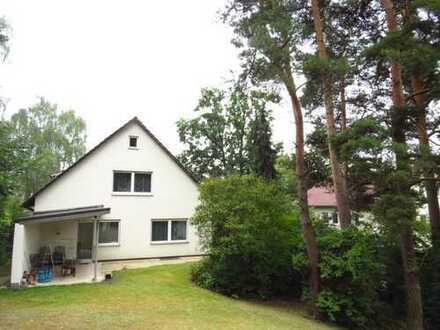 Freistehendes Haus mit sechs Zimmern in Schwandorf (Kreis), Schwandorf