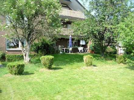 Familienwohnung mit Traumgarten!