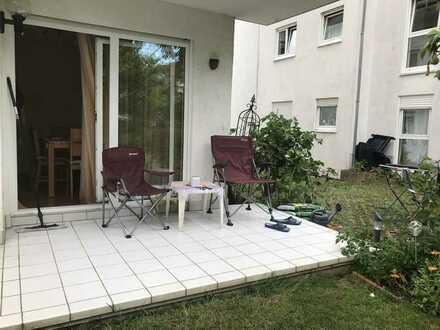 """Das etwas """"ANDERE """" Angebot - Möblierte Wohnung mit Garten und Balkon."""