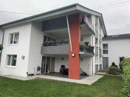 Großzügige, kernsanierte 4-Zimmer-Wohnung mit Terasse und Gartenfläche