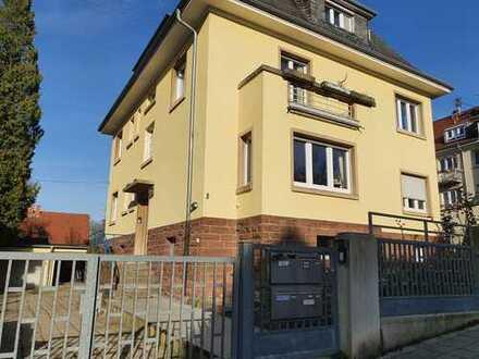 Schöne 3-Zimmer-DG-Wohnung mit Einbauküche in Durlach-Karlsruhe