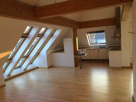 DG-Wohnung im Bielefelder Westen - Wohnen zwischen Klösterchen und Siegfriedsplatz