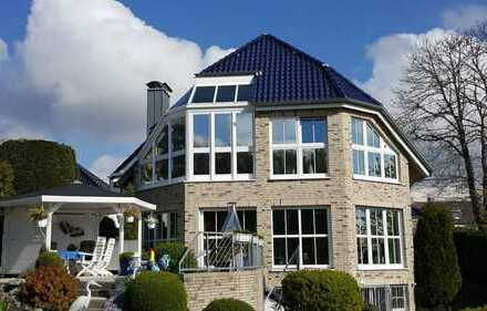 Einfamilienhaus mit Reit-/Stallanlage in exklusiver Lage in Dortmund - Aplerbecker Mark