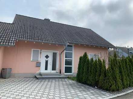 Schönes Einfamilienhaus mit ELW in Aldingen zu verkaufen!