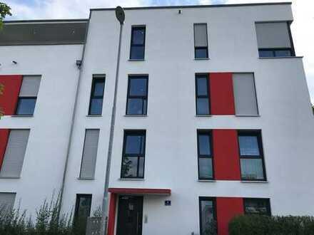 Schöne, geräumige zwei Zimmer Wohnung in Ingolstadt, Südost
