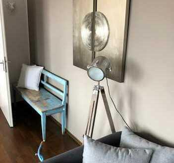 Lässige Design-Wohnung - möbliert, zum Sofortbezug