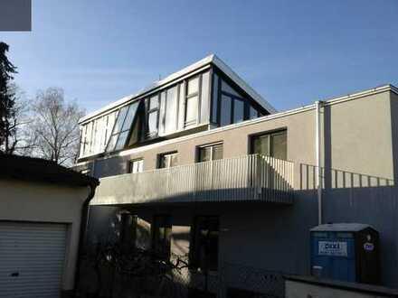Exclusives Dachgeschoß im Penthouse-Stil