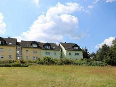 Provisionsfrei für den Käufer. 2 Mehrfamilienhäuser mit insgesamt 24 Wohnungen