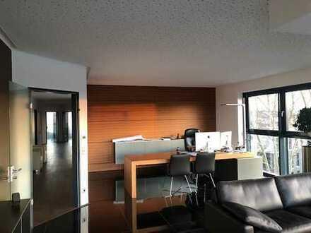 293 m²: Penthouse Büroetage Stadtkrone Ost!