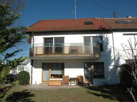 Haus mit 4 vermieteten Einheiten in Ditzingen - die ideale Altersvorsorge!