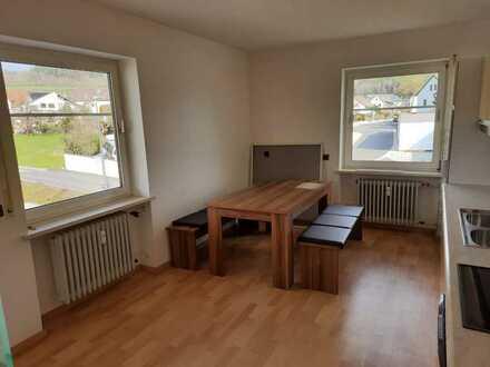 Ansprechende 3-Raum-Wohnung mit EBK und Balkon in Bechtsrieth