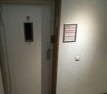 Renoviertes Zimmer in 2er Dachgeschoss WG zu vermieten!