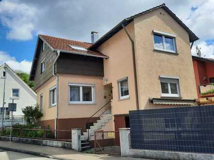 Einfamilienhaus mit viel Potential und kleinem Garten in zentraler Wohnlage