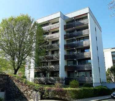 Sonnige 6-Zimmer-Wohnung mit EBK, 4 Balkone, 2 Tiefgaragenplätze in Kaufbeuren