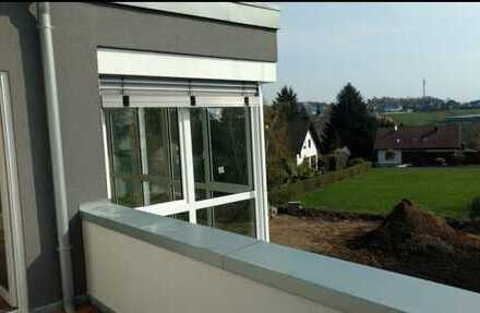 Neuwertige helle Penthouse-Wohnung mit Wintergarten in Birken-Honigsessen