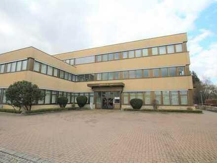 Komplett renovierte Büroräume im 1.OG auf 390m² in Karlsfeld bei München