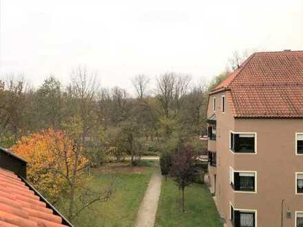 Vermietete Dachgeschosswohnung mit Loggia direkt an den Lechauen gelegen zu verkaufen!