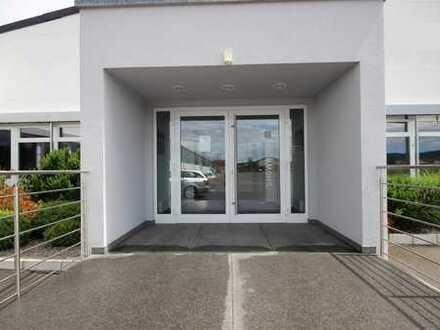 Repräsentativer und moderner Showroom für Präsentation oder Büro in Rottenburg