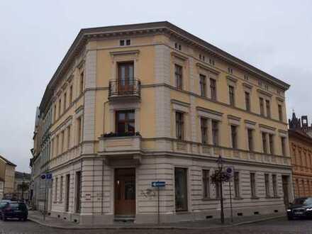 Denkmalgerecht saniertes Wohn- und Geschäftshaus in der Stadtmitte