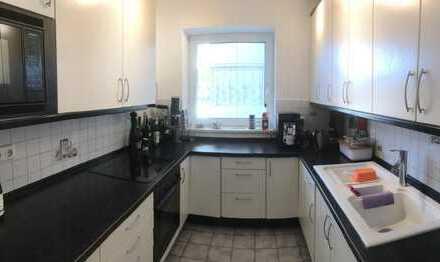 Schönes 2er WG-Zimmer in großzügiger Wohnung mit viel Raum zur gemeinsamen Nutzung in Freimann