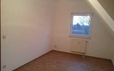 Schöne, geräumige zwei Zimmer Wohnung in Brandenburg an der Havel, Plaue