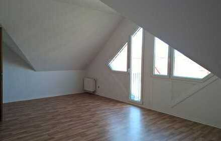 **ZENTRALE LAGE** Schöne 1 Zimmer-Wohnung mit Balkon - 38m² in Dessau!