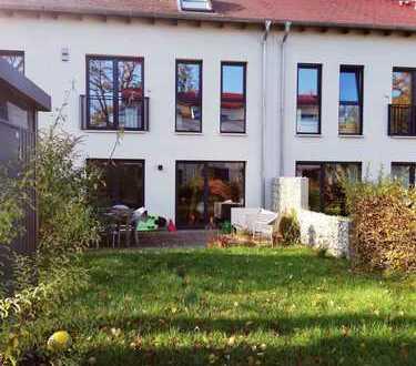 Schönes Reihenmittelhaus am Uferpark in Havelnähe