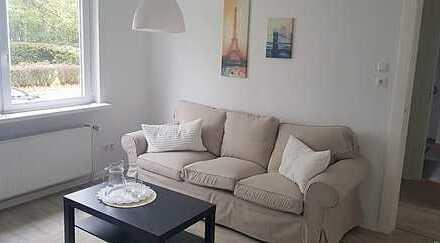 Zum Verlieben - Frisch sanierte 2-Zimmer-Wohnung mit Terrasse - MEinswarden!