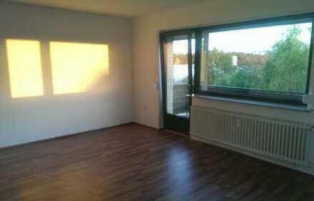 3 Zimmer Wohnung mit Küche/Balkon am Naherholungsgebiet Bienrode Nähe Badesee