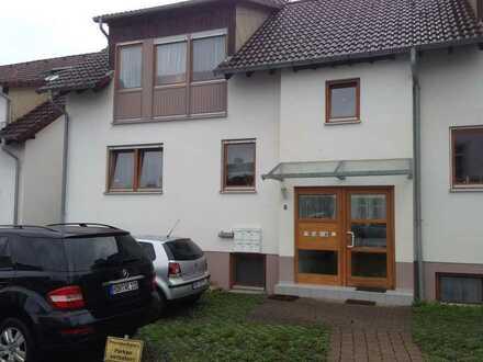 Ruhige Dreieinhalb-Zimmer-Wohnung mit Terasse in Heidenheim-Mergelstetten