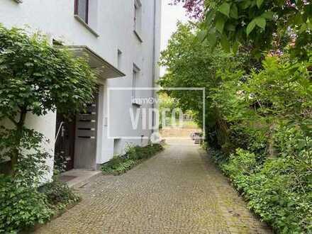 *Renovierte 2+2 Zimmer Wohnung im Paulusviertel*