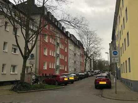 Solides Mehrfamilienhaus in Essen-City / Südviertel