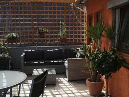 Geräumige 5-Zimmer-Wohnung mit Dachterrasse und EBK in Enzweihingen