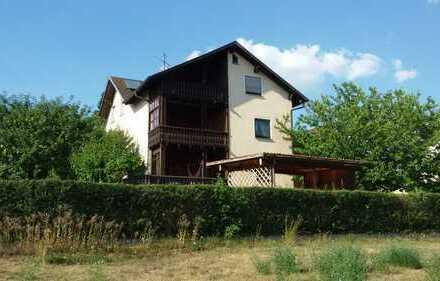 Freundliche 3-Zimmer-Wohnung mit Balkon und Gartenmitbenutzung in Freudenberg
