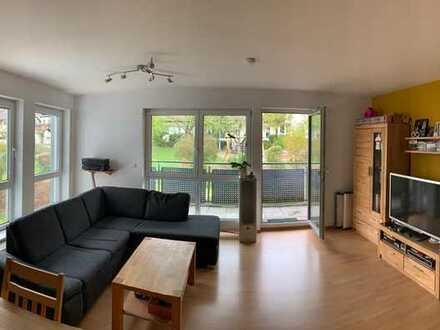 Neuwertige, gepflegte 2,5-Zimmer-Wohnung mit Balkon und EBK in Schlierbach